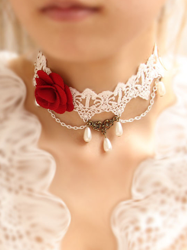 Attractive Floral White Cotton Lolita Necklace
