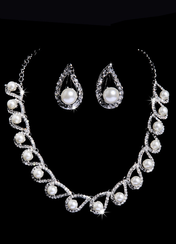 Earclip Bridal Jewelry Set