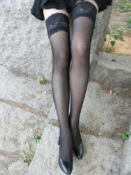 Black Lace Attractive Stockings