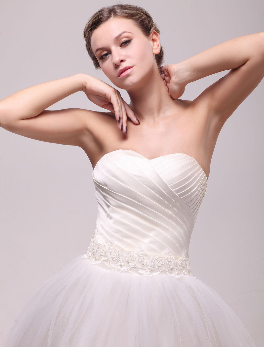 Buy Pretty Ivory Shiny Applique Medium Bridal Wedding Sash for $10.19 in Milanoo store