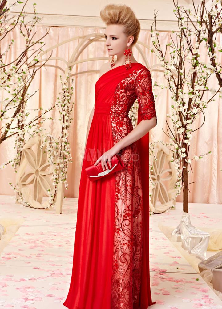 ... Abito da cerimonia elegante rosso in seta di pizzo con cerniera con  monospalla a terra ... bca3be98310