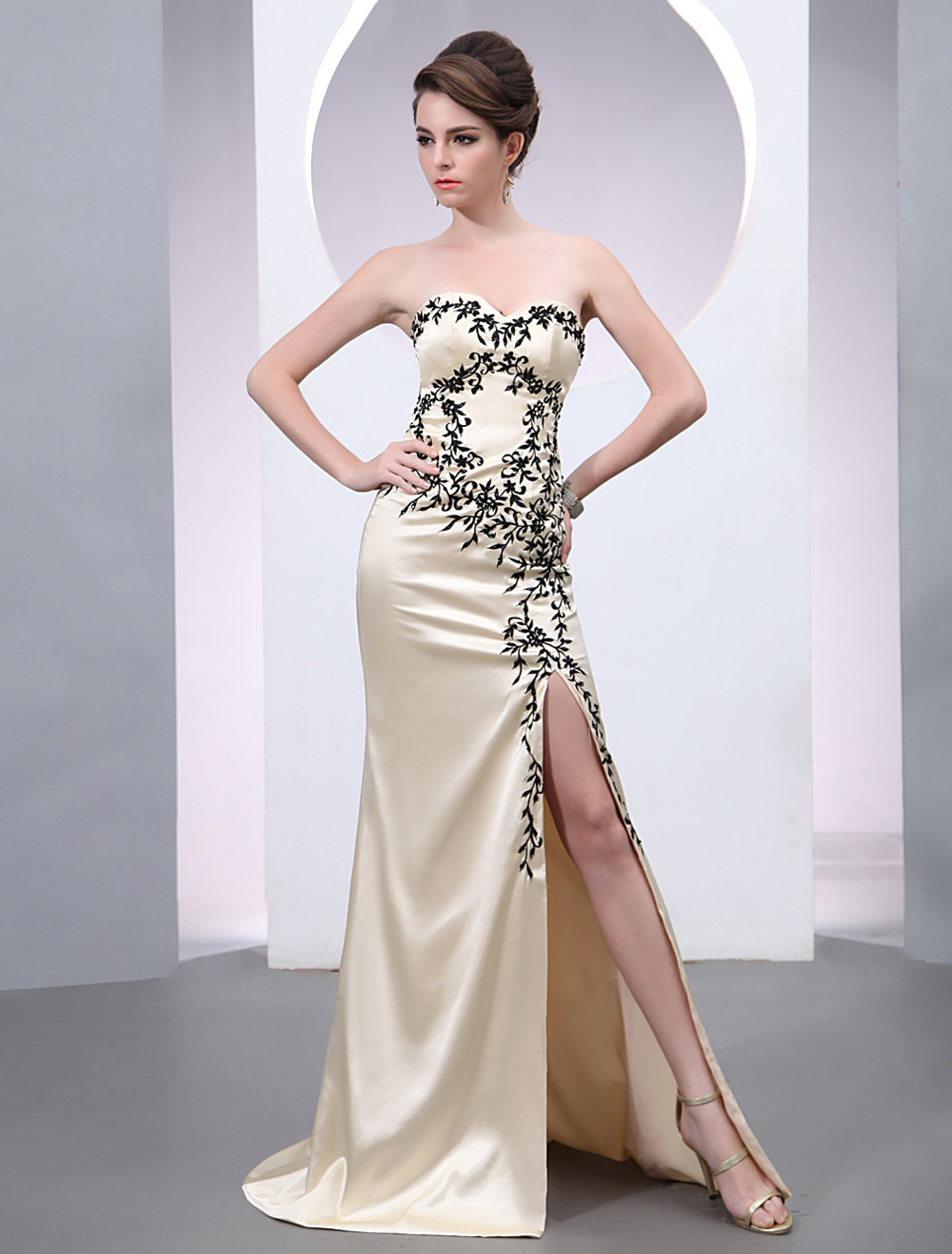 Buy Champagne Beading Sweetheart Neck Sheath Grace Evening Dress for $152.99 in Milanoo store