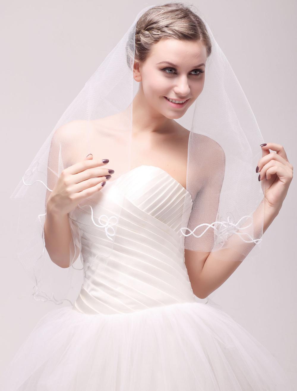 Ivory Lace Net One-Tier Applique Bridal Wedding Veil