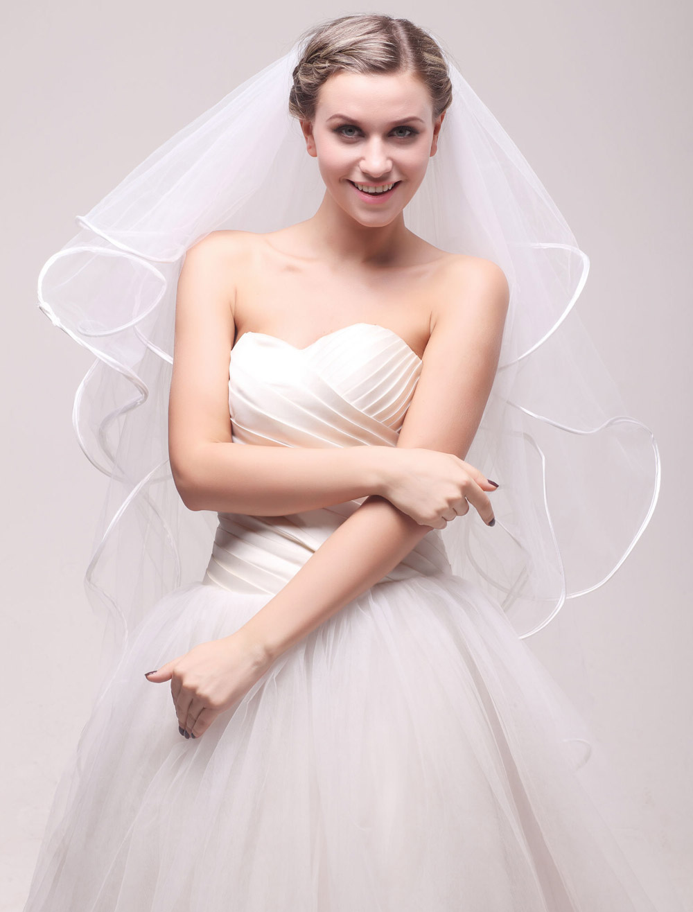 Romantic Four-Tier Waterfall Net Ivory Wedding Elbow Veil For Bride