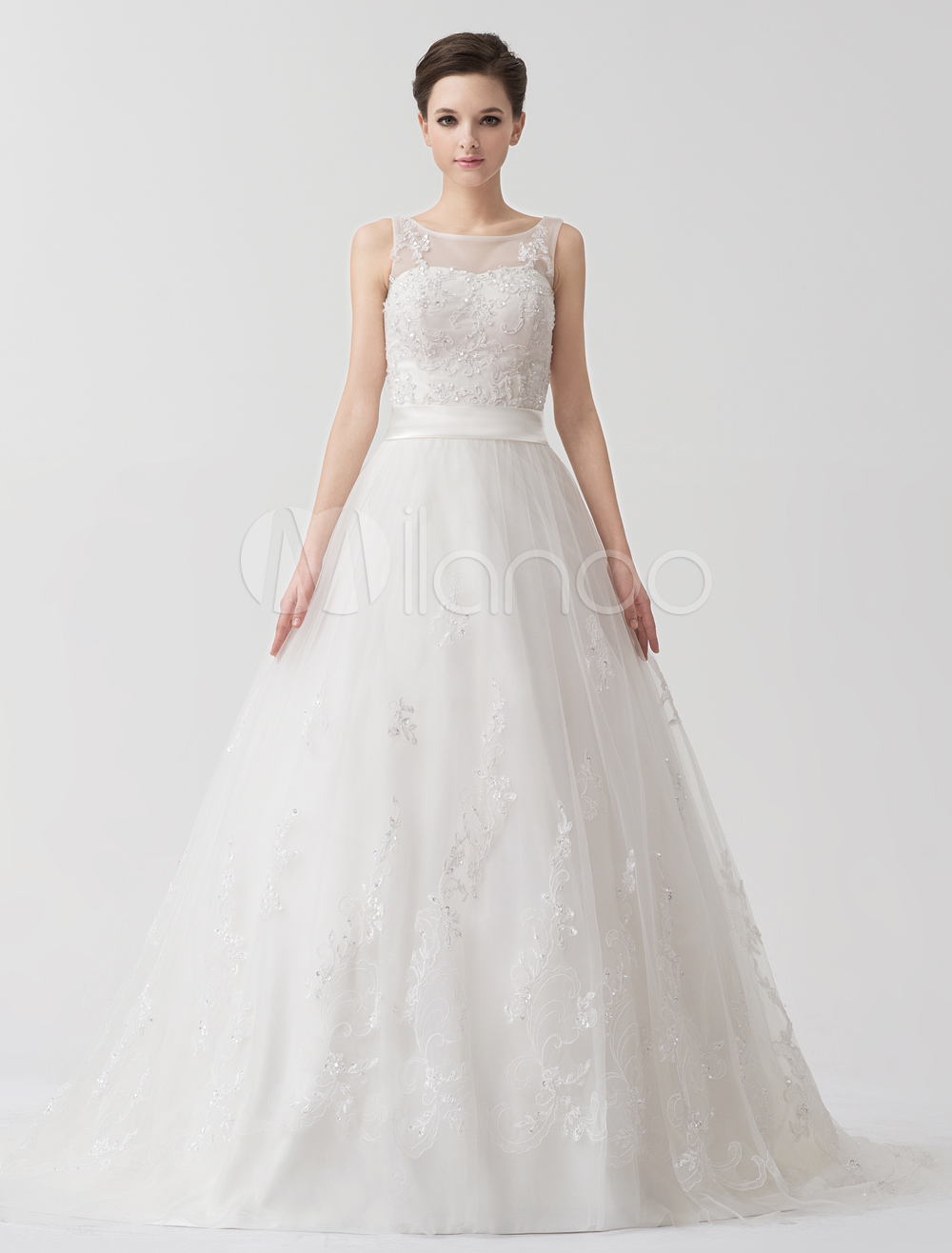 Ivory A-line Jewel Neck Sash Tulle Court Train Bride's Wedding Dress
