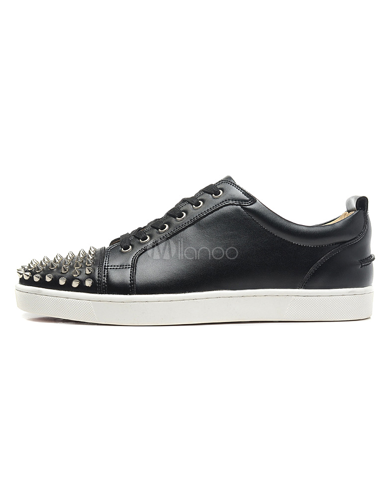 Buy Black Sheepskin Studded Spikes Round Toe Man's Sneakers for $82.64 in Milanoo store