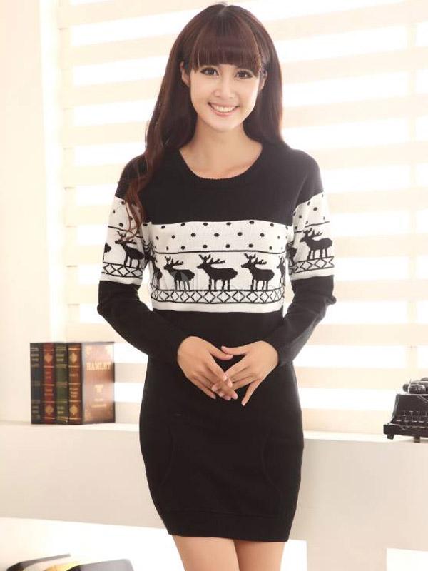 Strickkleid aus Baumwolle mit Weihnachten-Motiv in Schwarz und Weiß ...