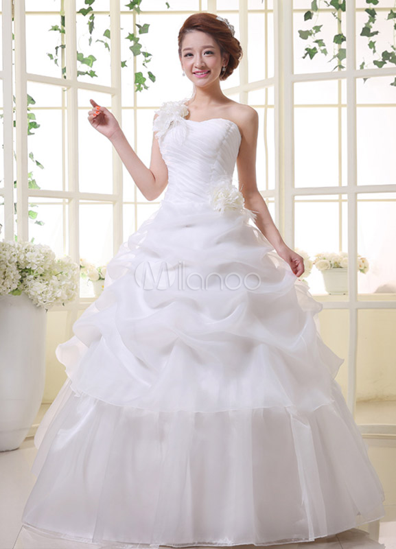 f1e3236ec4 White Ball Gown Feather Floor-Length Bridal Wedding Gown with One-Shoulder Sweetheart  Neck ...