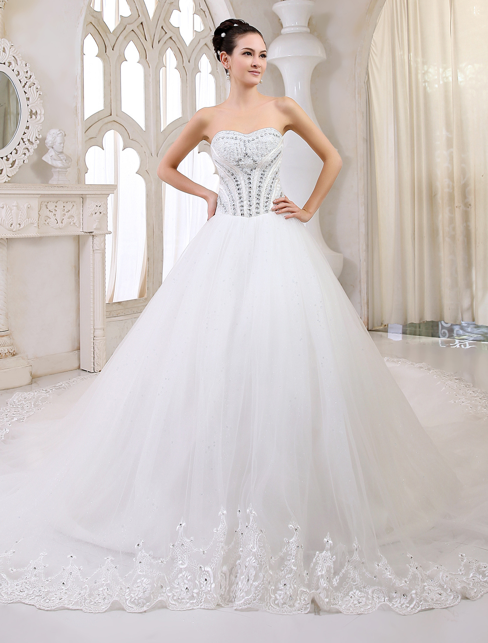 Cathedral Train Ivory Bridal A-line Lace Wedding Gown with Sweetheart Neck  Milanoo