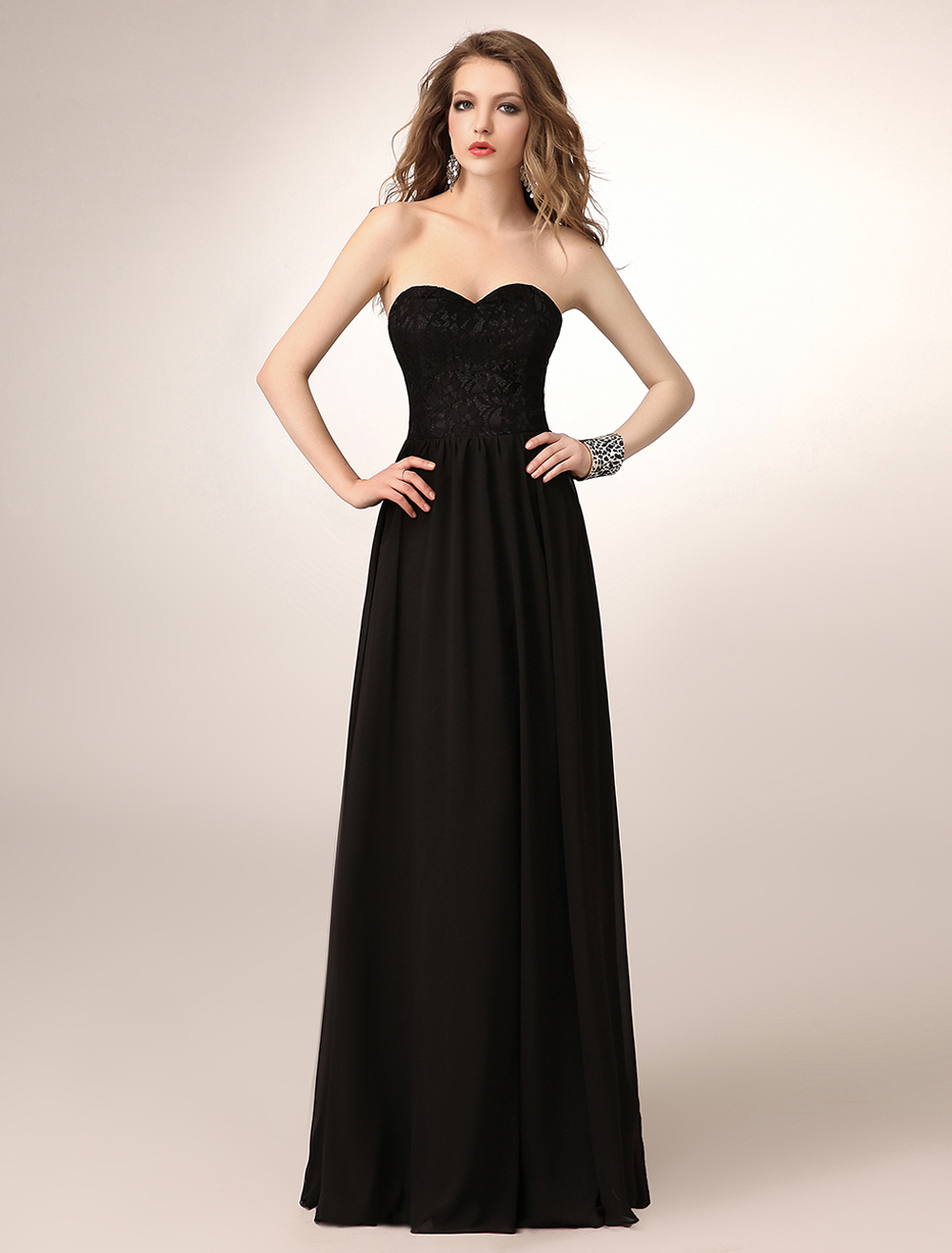 Buy Floor-Length Black A-line Lace Chiffon Bridesmaid Dress with Sweetheart Neck for $119.99 in Milanoo store