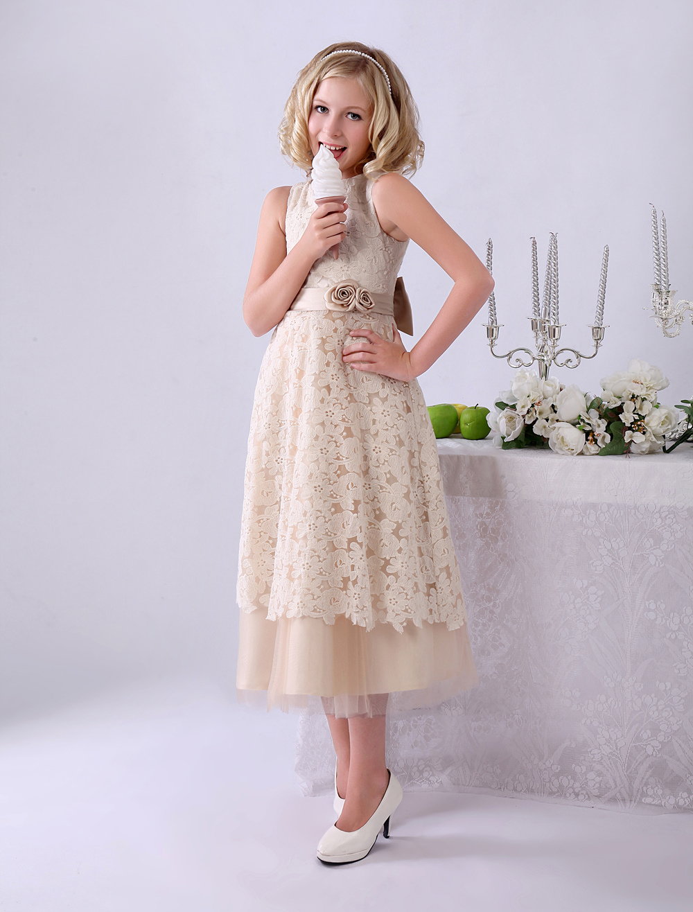 Champagne A-line Bow Lace Wedding Flower Girl Dress with Jewel Neck   Milanoo
