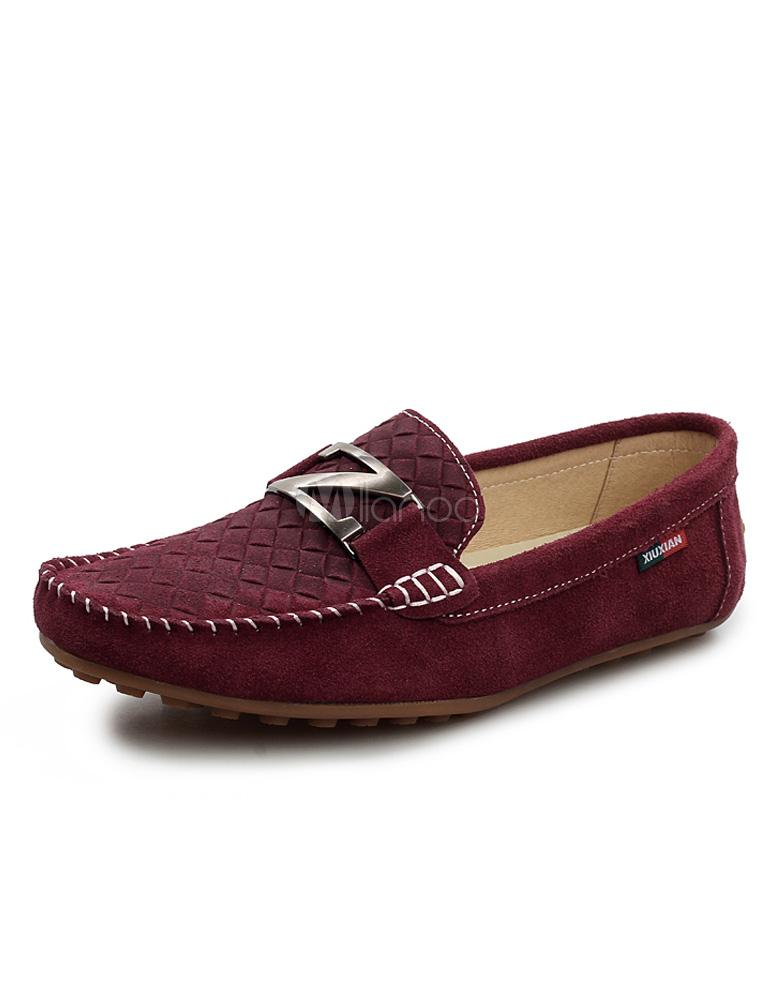 zapatos deportivos 1e580 28167 Mocasín de ante de cuero de color vino tinto con metálico