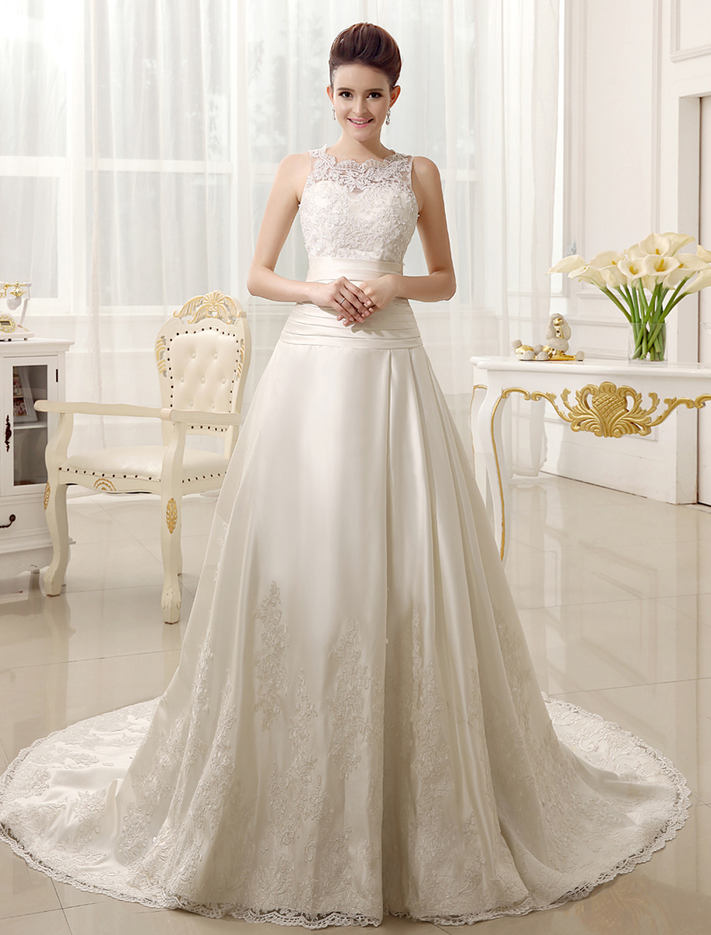Classic Ivory A-line Court Train Bridal Wedding Dress with Jewel Neck
