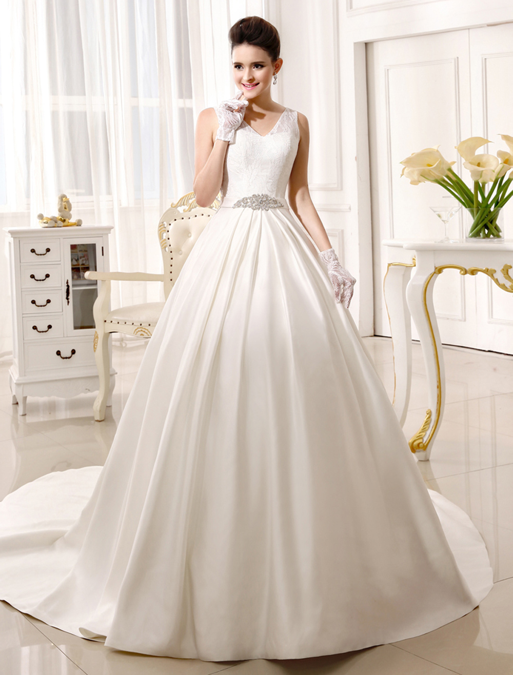 Chapel Train Ivory Bridal Wedding Gown with V-Neck A-line Rhinestone  Milanoo