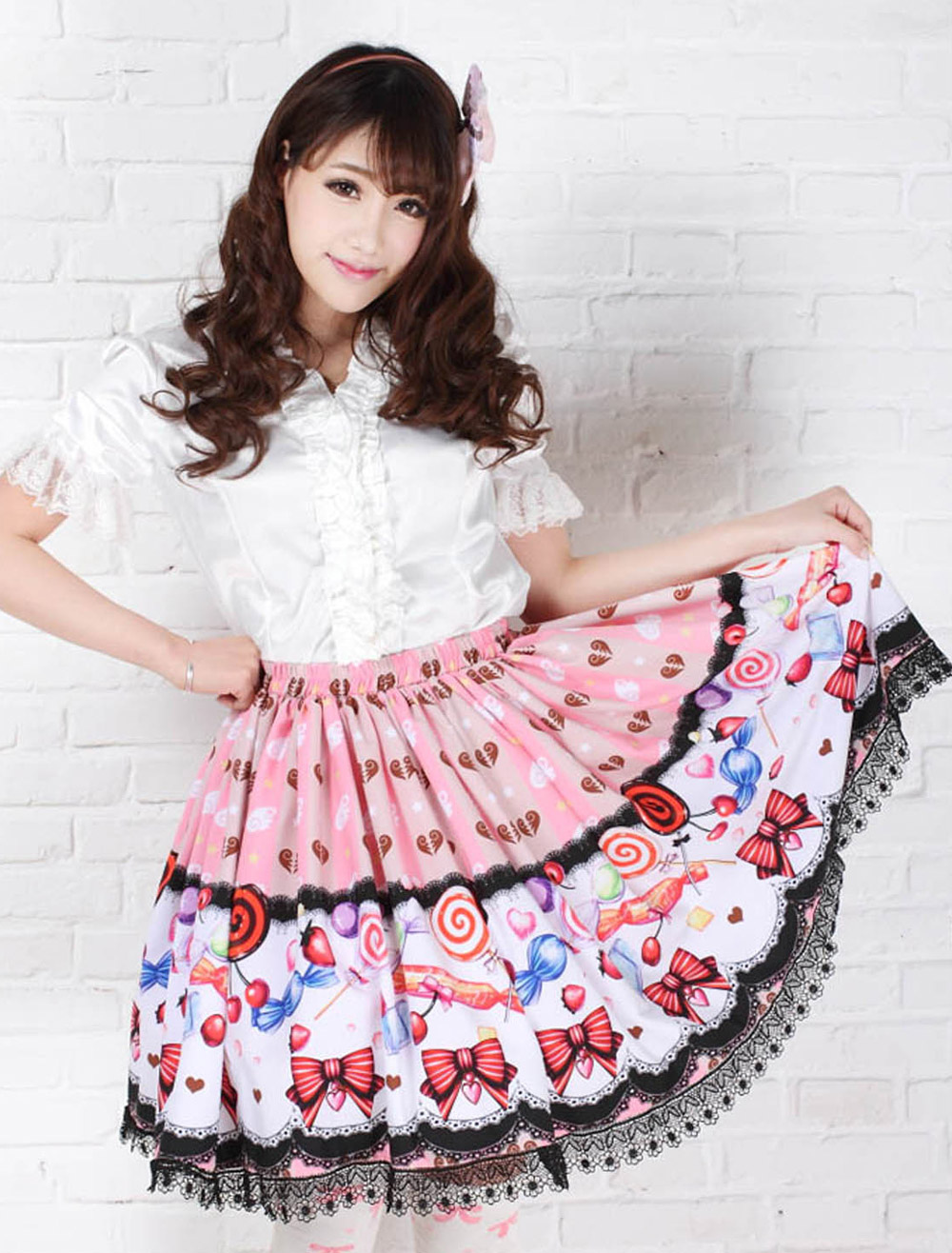 Sweet Pink Lolita Short Skirt Polyester Candy Print Lace Trim