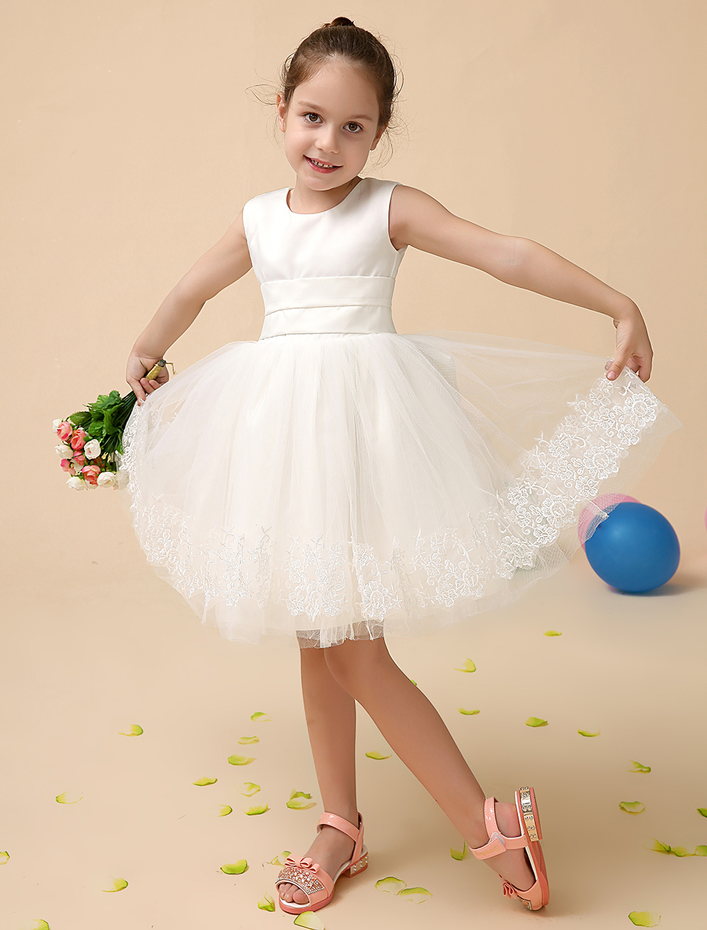 Flower Girl Dresses Ivory Lace Applique Tutu Dress Short Sleeveless A Line Bow Sash Kids Party Dresses