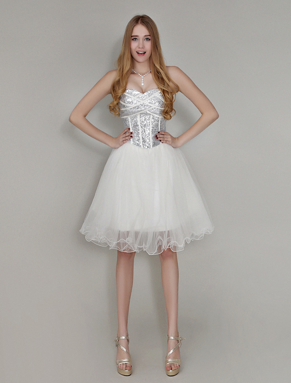 Ivory Knee-Length Homecoming Dress with A-line Sweetheart Neck Sequin