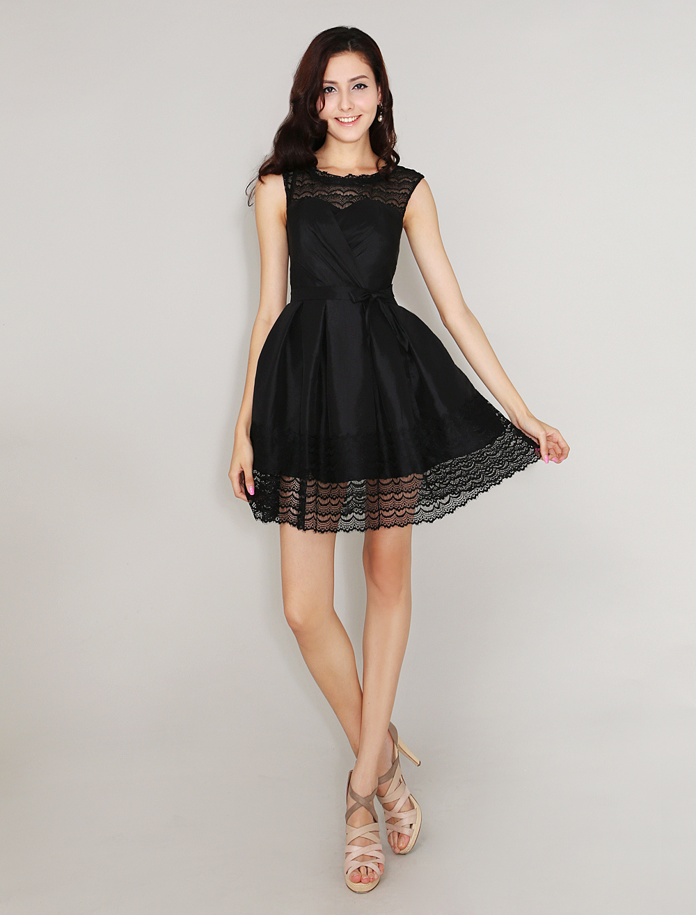 Buy Black A-line Pretty Short Cocktail Dress with Jewel Neck Bow Taffeta for $119.99 in Milanoo store