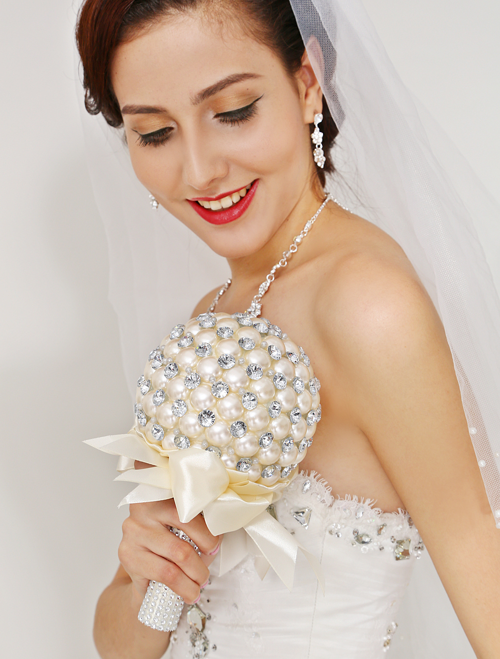 Chic Quality Round Shape Pearl Flowers For Wedding