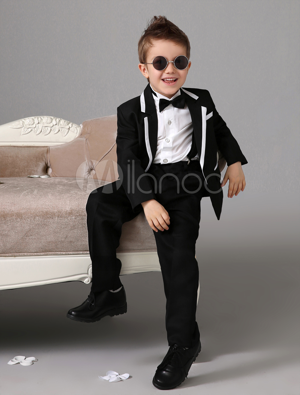 Black Boy Suit Set Kids Tuxedo Wedding Jacket Pants Shirts Bow Tie Baby Boy Suit 4 Pcs Ring Bearer Suits