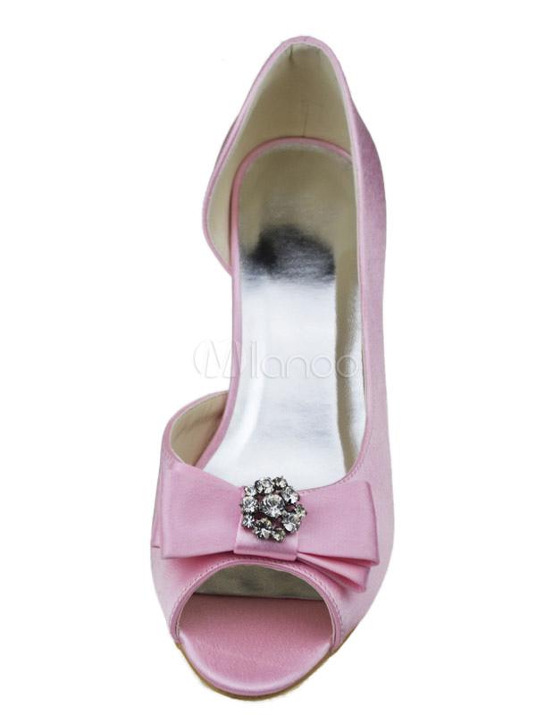 7ed7e4c74beadf ... Éblouissante chaussure de mariée en satin rose à petit talon avec strass  -No.5 ...