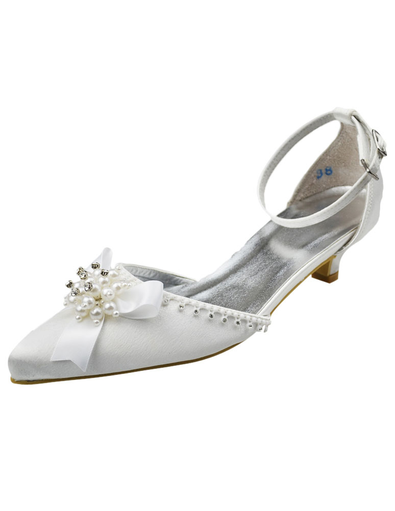 Chic White Kitten Heel Pointed Toe Bridal Shoes