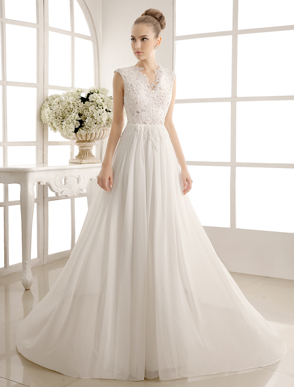 Wedding Dresses Chiffon V Neck Beach Bridal Dress Pearls Beaded Lace Ivory Bridal Gown