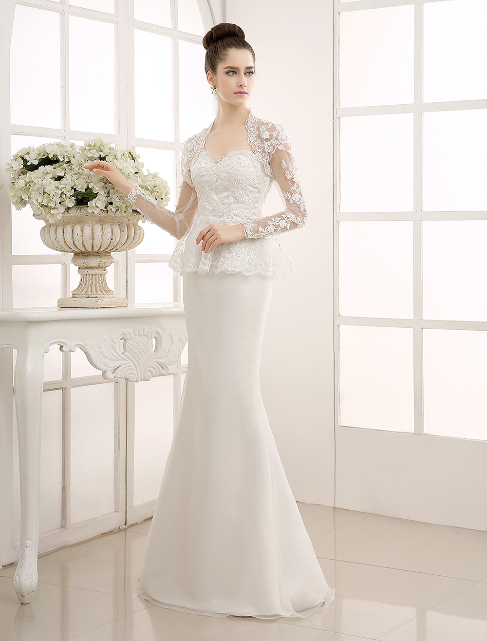Ivory Bolero Mermaid Wedding Gown with Sweetheart Neck Lace Milanoo