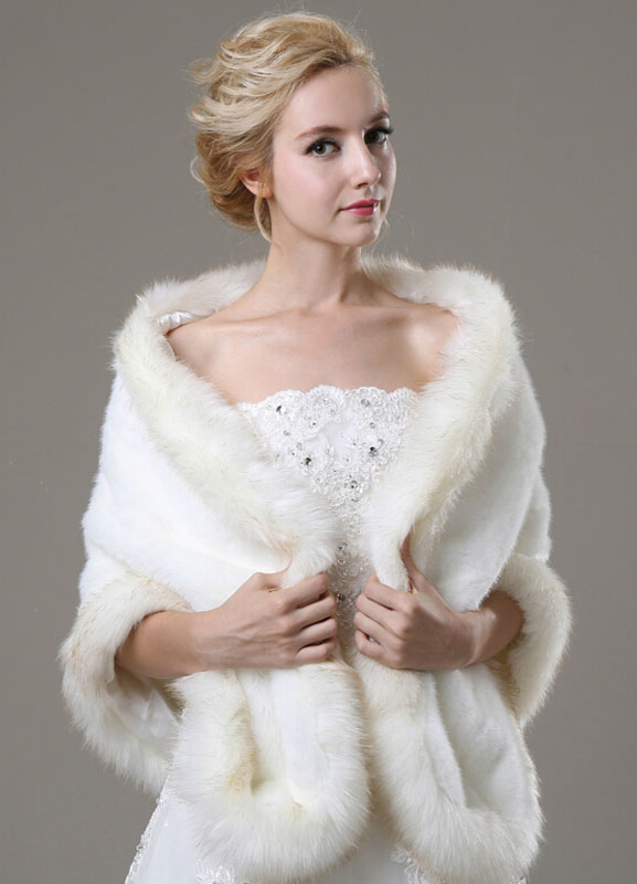 Ivory Faux Fur Wedding Shawl For Bride
