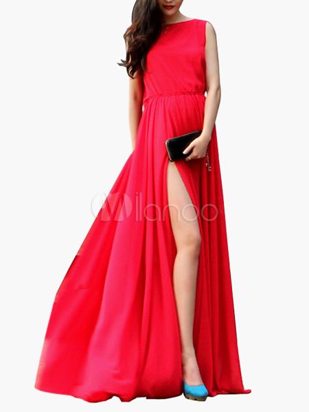 Vestito rosso con scollatura sulla schiena