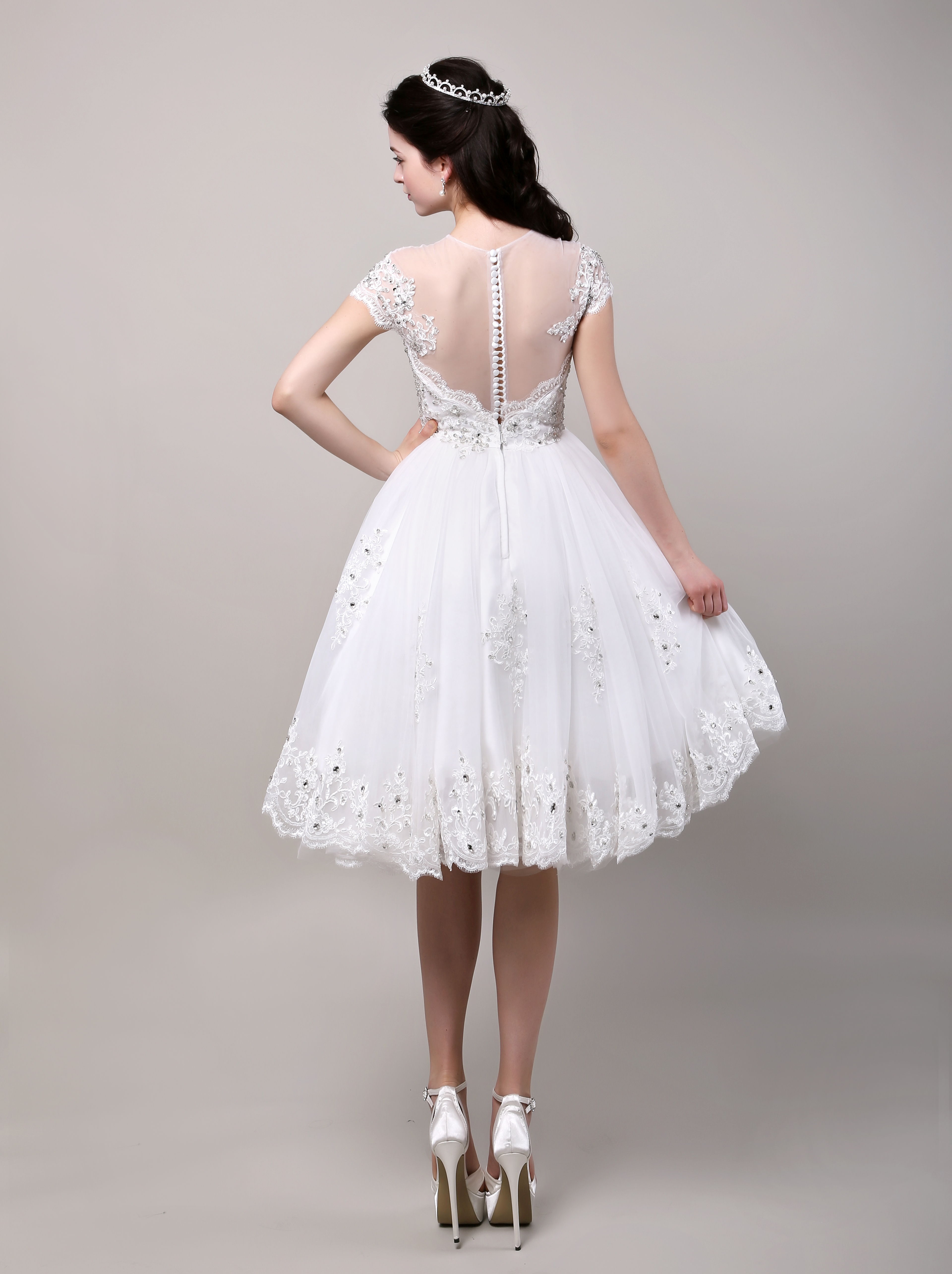 ce6b4033f0f ... Robe de mariage exquise princesse tulle champagne dentelle longueur  genou Milanoo-No.8. 12