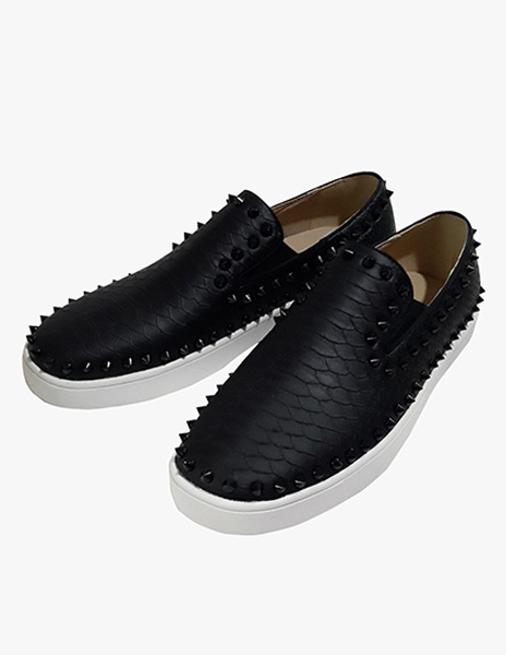 Soft sole Rivets Round Toe Loafer Shoes For Men