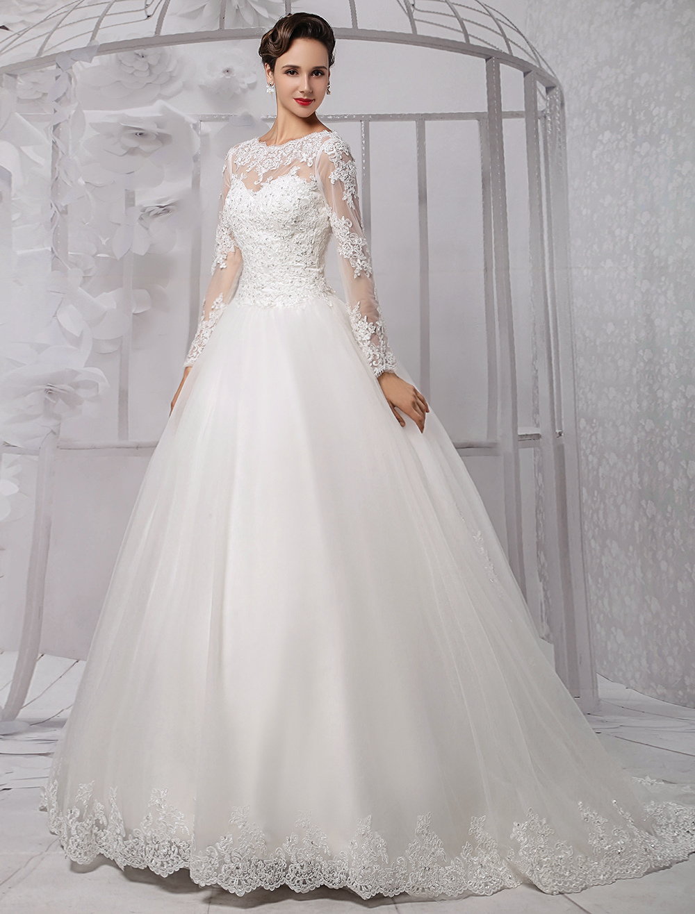 Wedding Dresses Ball Gown Long Sleeves Bridal Dress Lace Beading V Back Illusion Sweetheart Train Wedding Gown
