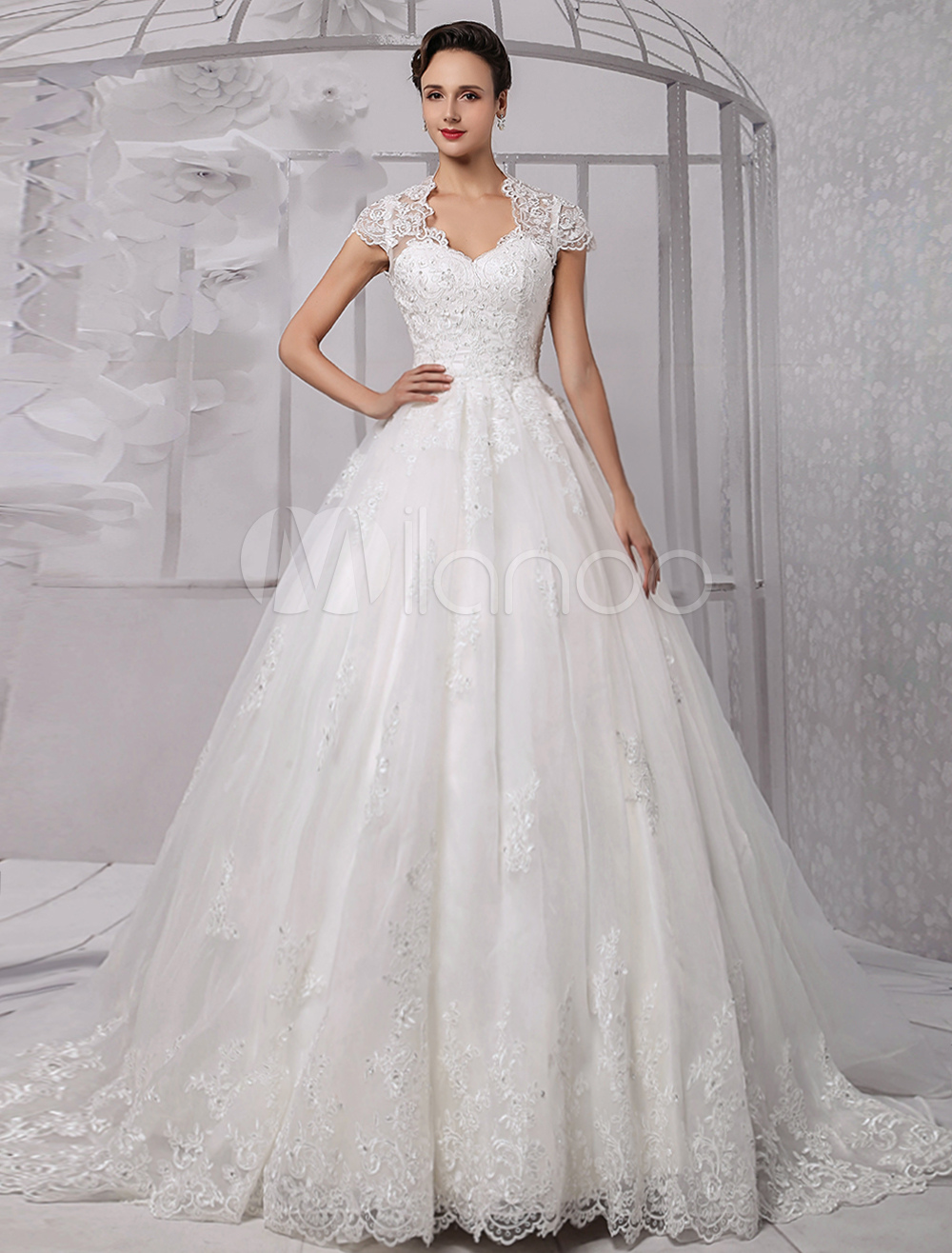 Wedding Dresses Ball Gown Lace Bridal Dress Beading Cap Sleeve Ivory Wedding Gown With Train