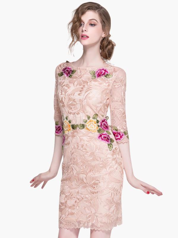 Vestido de fiesta de tul con escote ovalado con estampado de flores ...