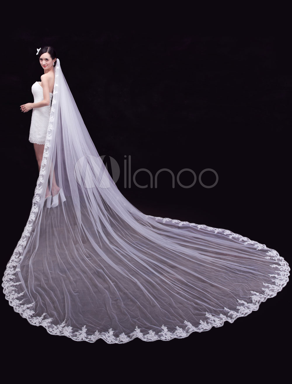 New Trend Lace Tulle One-Tier Scalloped Edge 350cm Wedding Veils