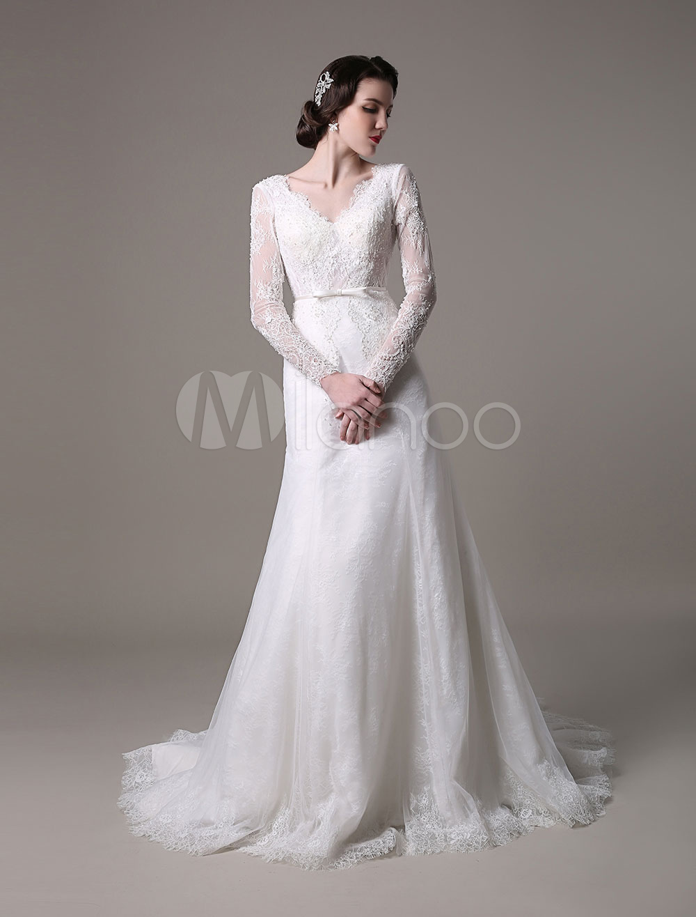 Buy 2018 Vintage Lace Wedding Dress A-line With Long Sleeves Pearls Applique And Chapel Train for $320.44 in Milanoo store