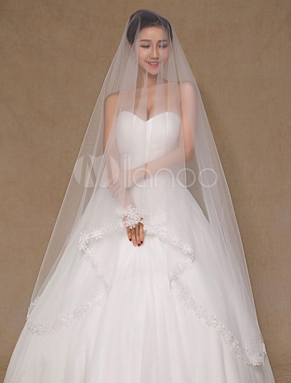 One-Tier Applique Edge Wedding Veil Tulle Lace Bridal Veil(300cm Length)