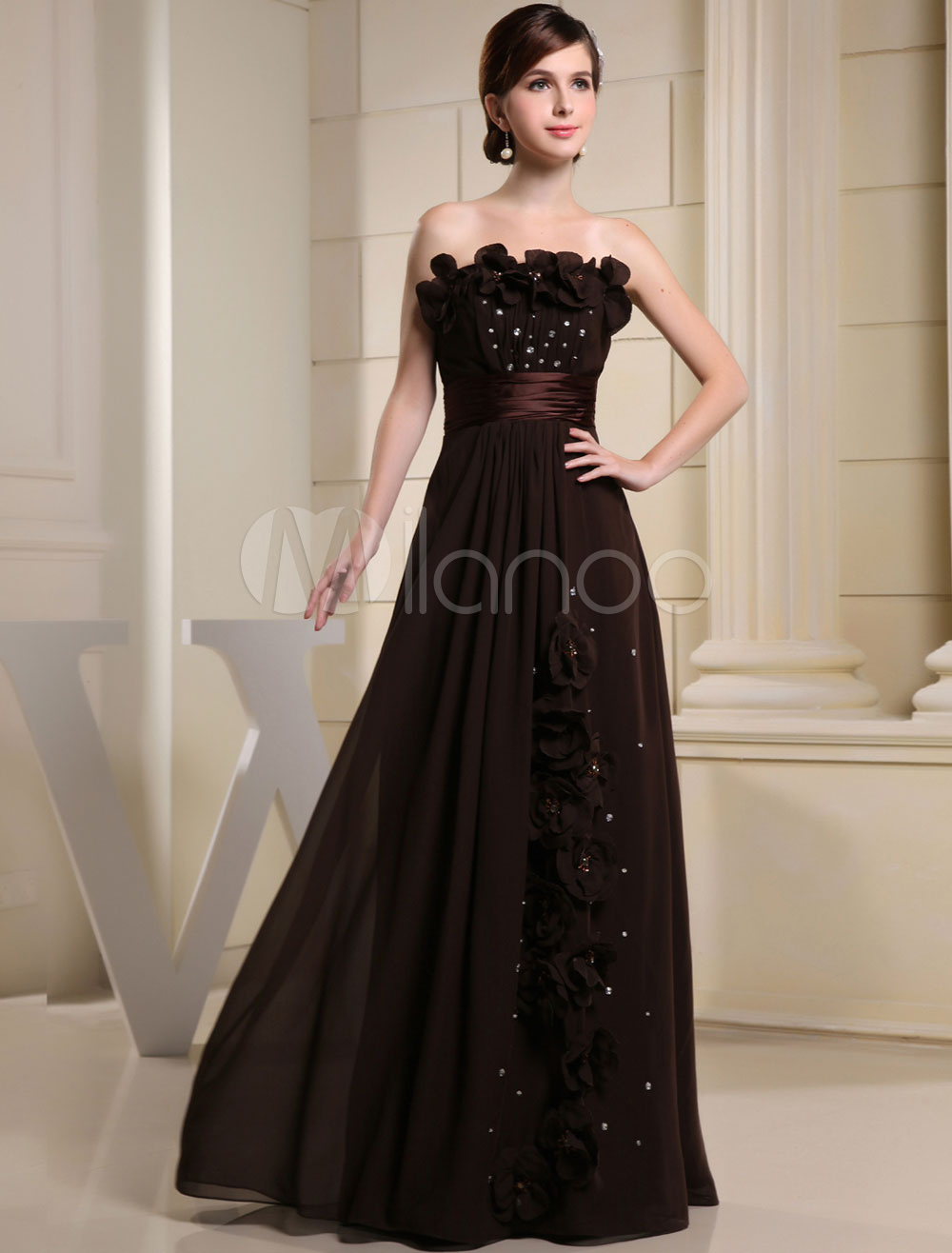 Buy Floor-Length Evening Dress Strapless Sweetheart Flower Beading A-Line Chiffon Prom Dress for $134.99 in Milanoo store