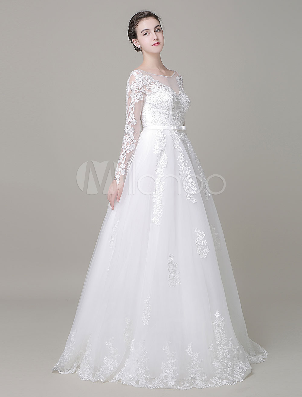A-Line Wedding Dress Floor Length Long Sleeves Lace Beading Bridal Dress