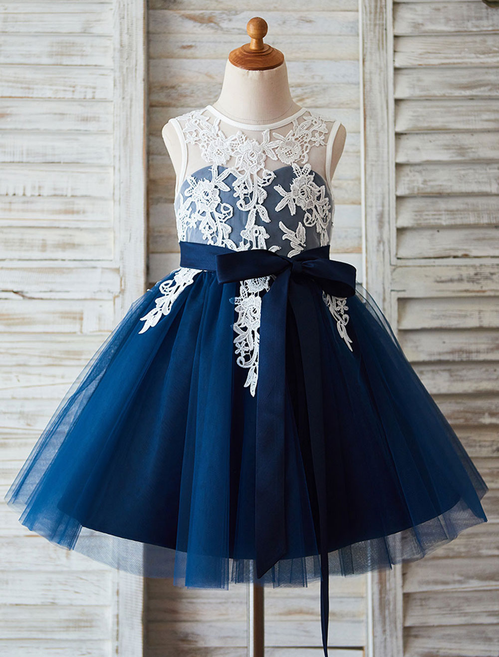 Buy Lace Flower Girl Dress Tutu Dress Illusion Neckline Ball Gown Knee-Length Toddler's Pageant Dress for $78.84 in Milanoo store