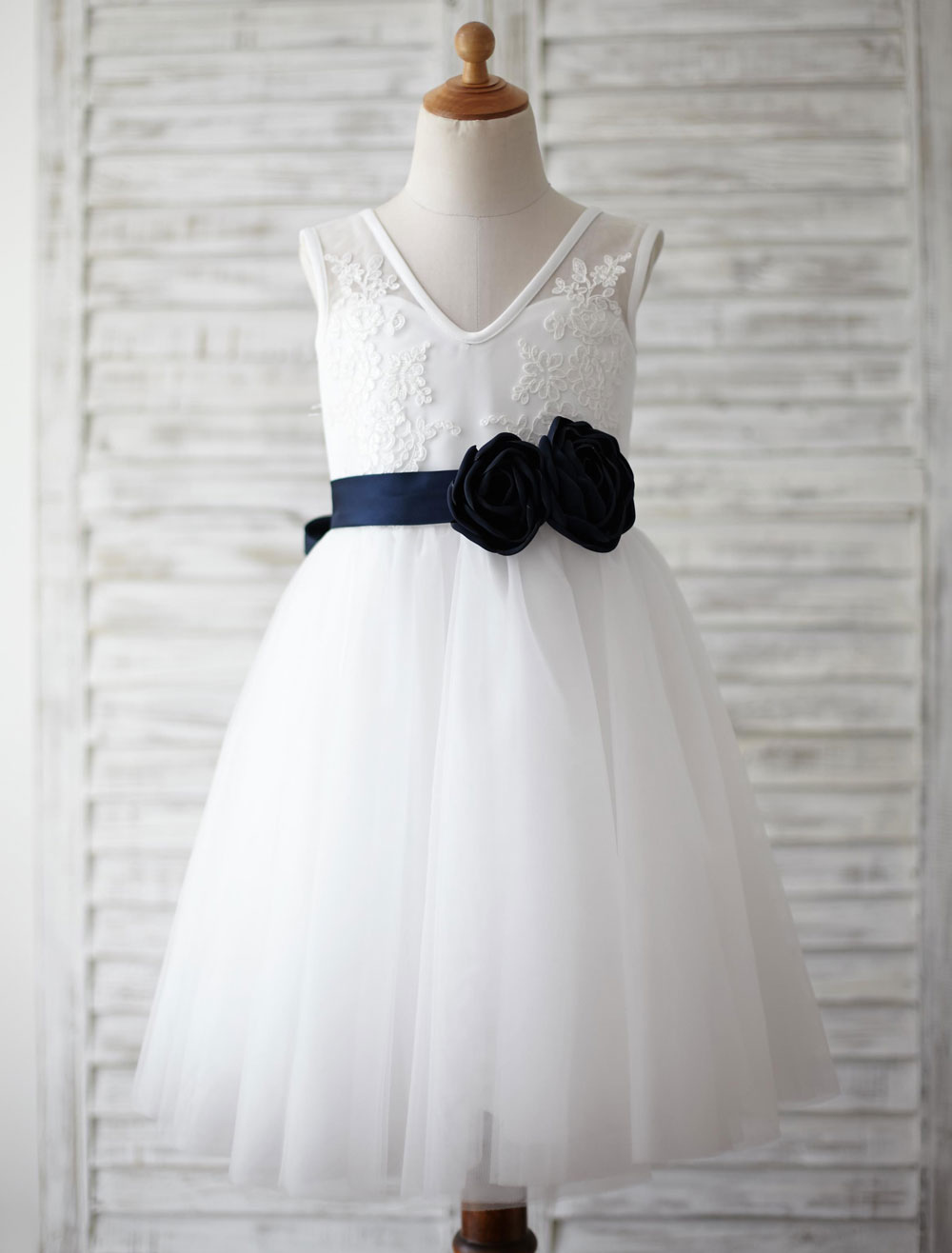 Buy Tulle Flower Girl Dress V Back Lace Toddler's Pageant Dress Knee Length With Ribbon Flower Sash for $74.69 in Milanoo store