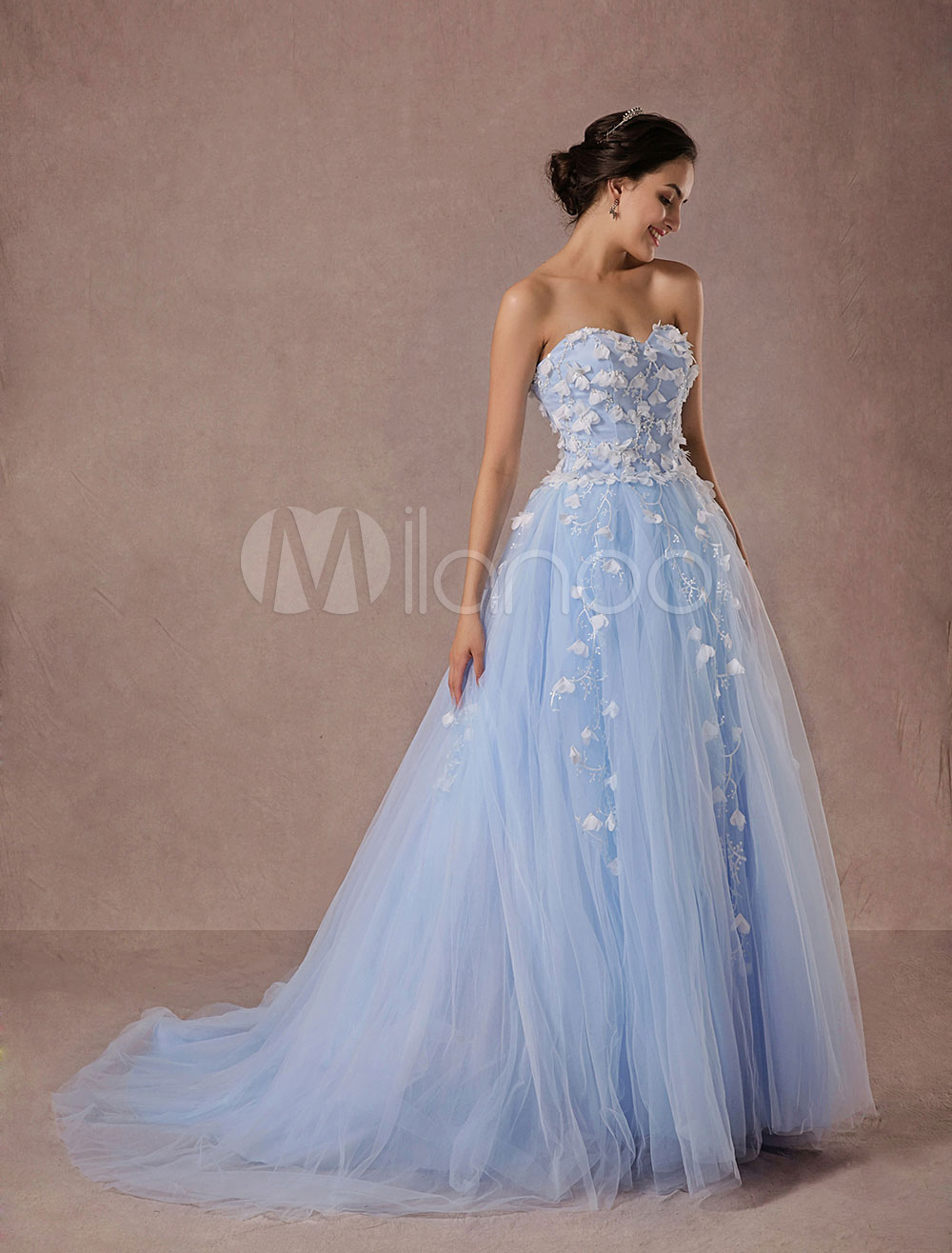74fddaee5c Blue Wedding Dress Lace Tulle Chapel Train Bridal Gown Sweetheart Strapless  A-Line Luxury Princess Pageant Dress