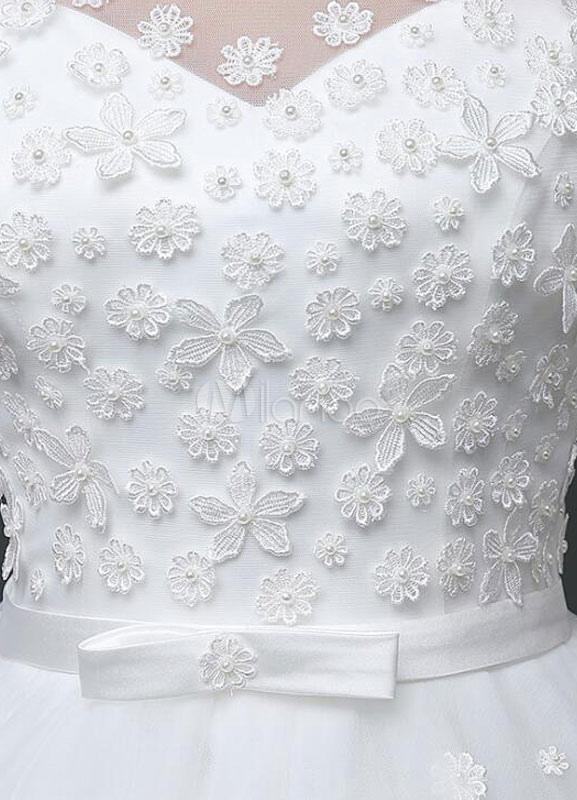 d58eb1475e0b2 ... ボールガウンウェディングドレス ホワイト スクープネック フロアレングス サテンファブリック ナチュラルウェストライン プリンセスライン ...