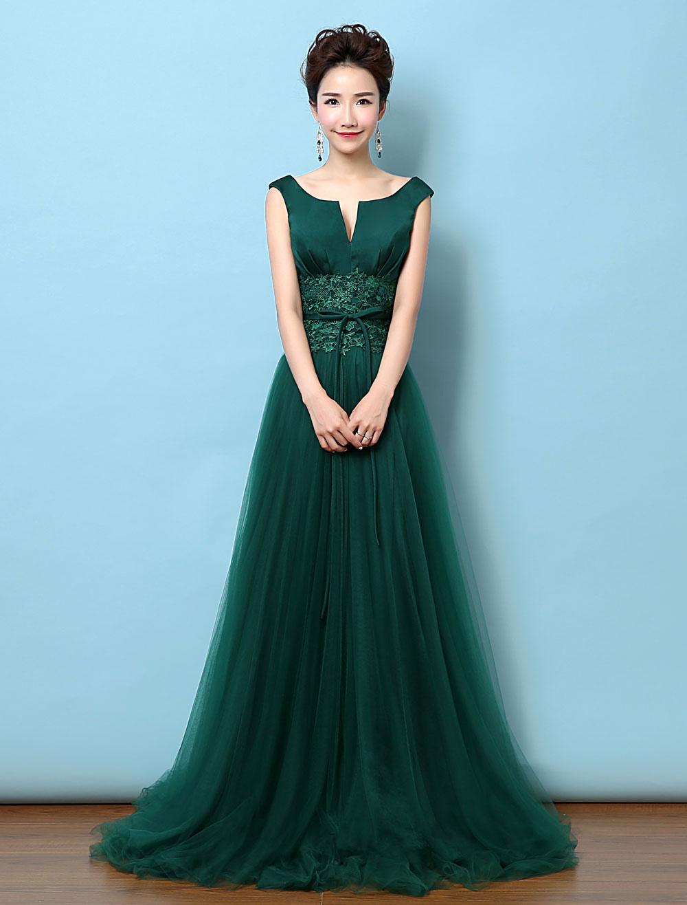 Vestidos en color verde oscuro