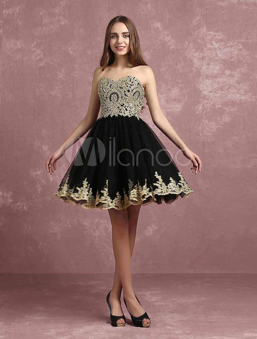 Tulle Cocktail Dress Strapless Sweetheart Beaded Homecoming Dress Black Sleeveless A Line Short Party Dress
