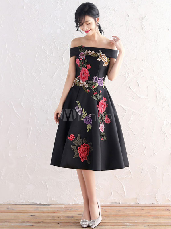 499b02384595 Black Prom Dress Short Flowers Embroidered Cocktail Dress Off The Shoulder A  Line Knee Length Party ...