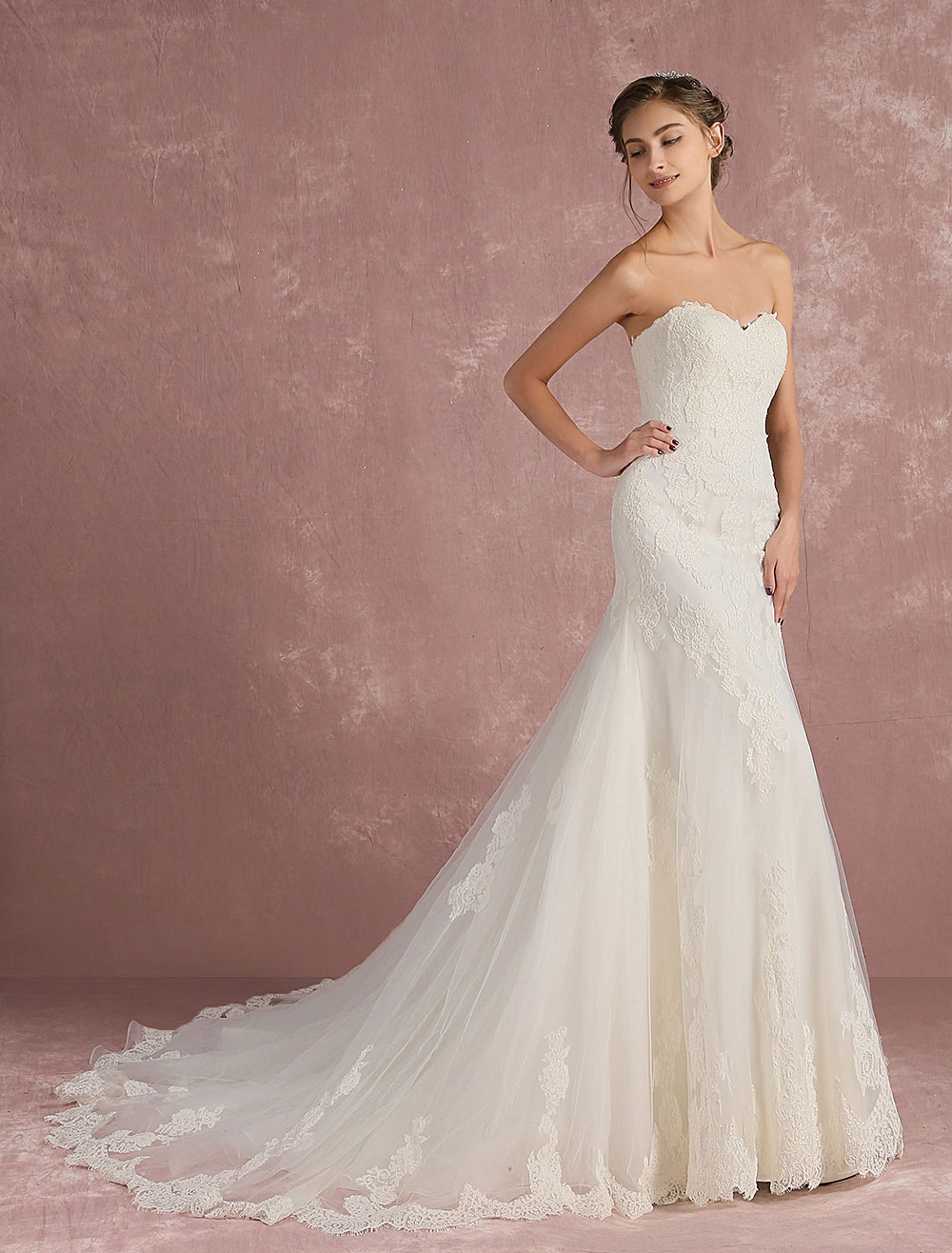 Mermaid Wedding Dress Sweetheart Strapless Bridal Dress Backless Ivory Lace Applique Tulle Luxury Bridal Gown With Train