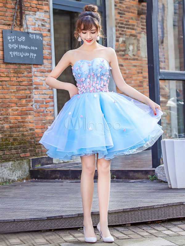 Buy Aqua Prom Dress Tulle 3D Flower Beading Cocktail Dress Strapless Sweetheart Sleeveless Short Homecoming Dress for $114.39 in Milanoo store