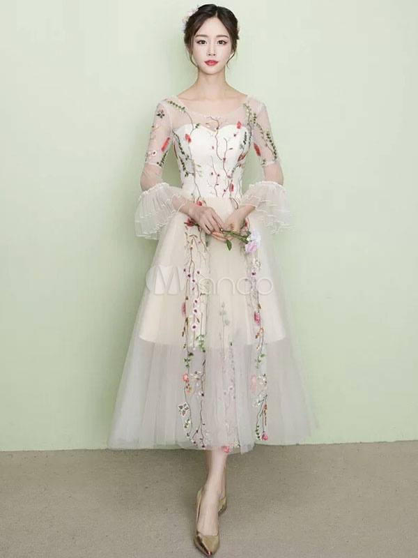 White Prom Dresses 2018 Short Ivory Floral Print Homecoming Dress Tulle Illusion Lace Applique Long Sleeve A Line Tea Length Cocktail Dress